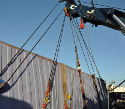 Lifting a container